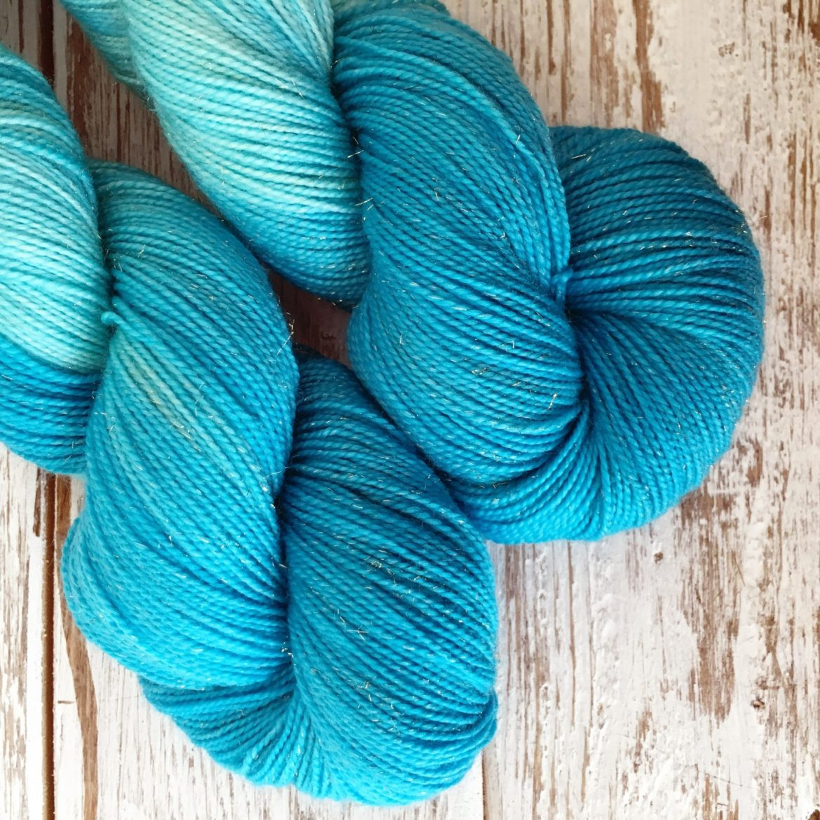 5 Weight Yarn Beautiful 5 Patterns to Knit with One Skein Of Sparkly sock Weight Of Charming 47 Images 5 Weight Yarn