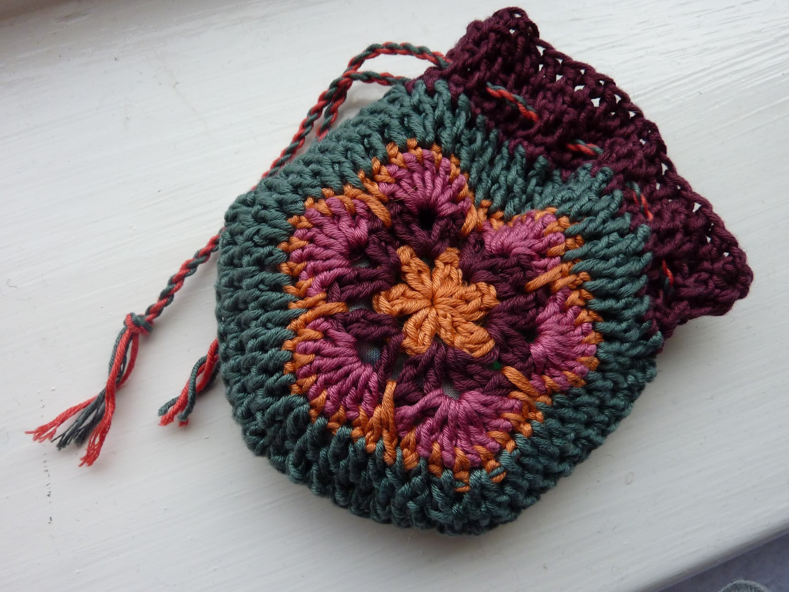 In the Making African Flowers Bucket Bag