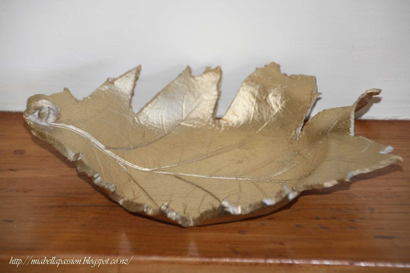 Mia Bella Passions Handcrafted Air Dry Clay Leaf Bowls