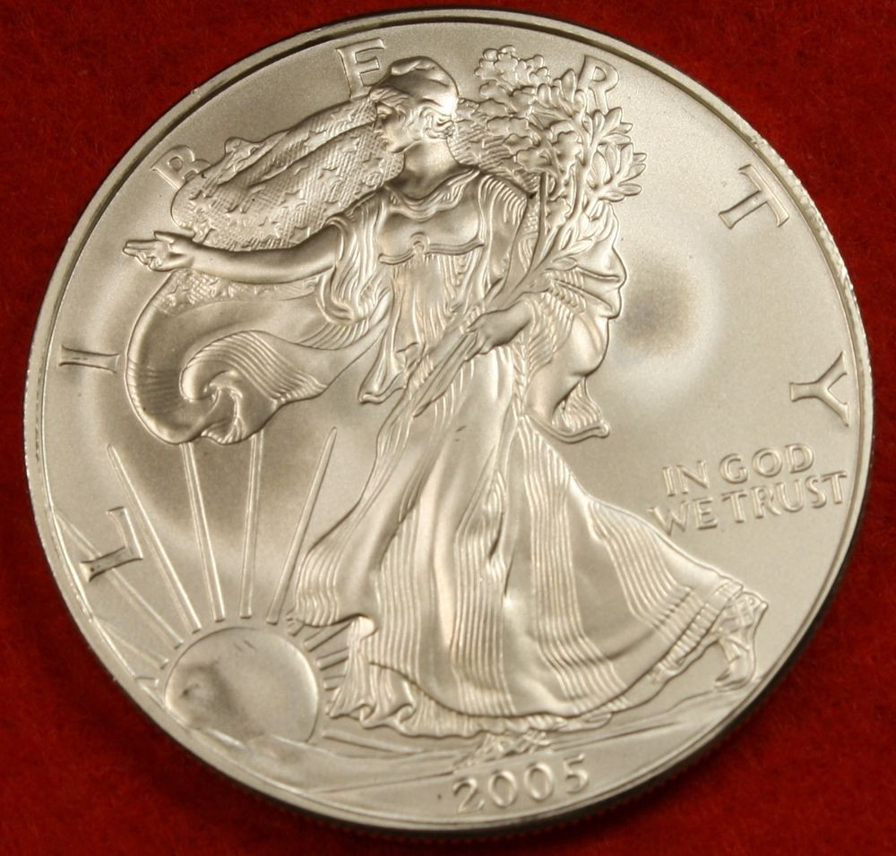 American Silver Eagle Lovely 2005 American Silver Eagle Dollar 1 Oz Bu Great Of Perfect 48 Models American Silver Eagle