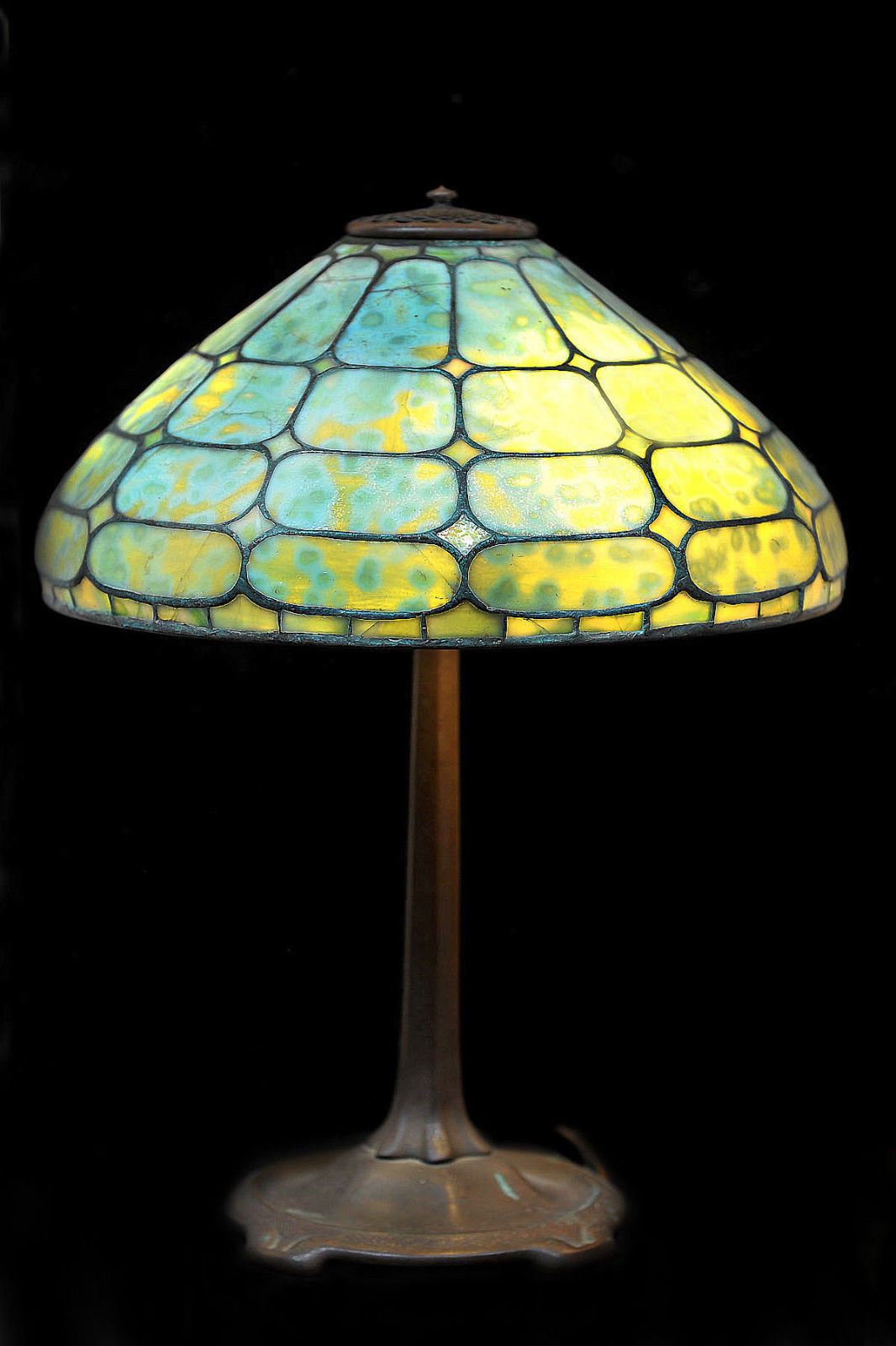 Antique Tiffany Lamps Luxury Antique Tiffany Colonial Lamp W original Base Tangible Of Amazing 47 Photos Antique Tiffany Lamps