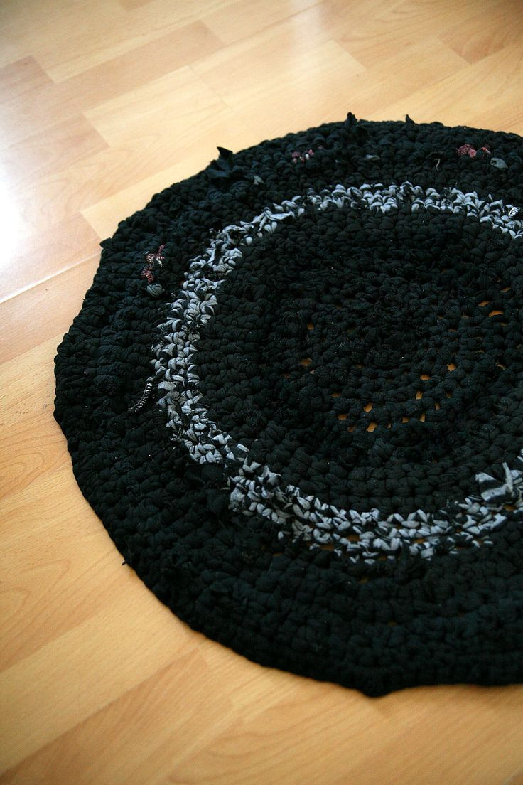 Awesome 122 Best Images About Sewing Rugs On Pinterest T Shirt Rug Crochet Of Amazing 48 Pics T Shirt Rug Crochet