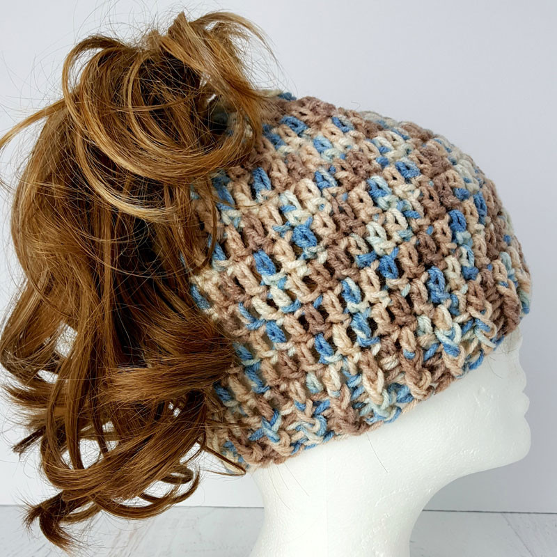 23 Free Messy Bun Hat Crochet Patterns Make a Ponytail
