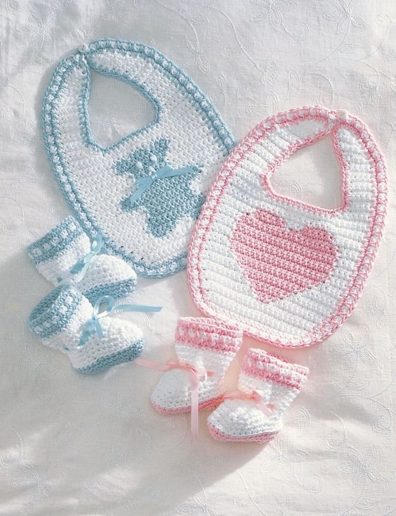 Awesome 28 Diy Baby Shower Gift Ideas and Tutorials Page 2 Of 4 Crochet Baby Bibs Of Wonderful 45 Models Crochet Baby Bibs