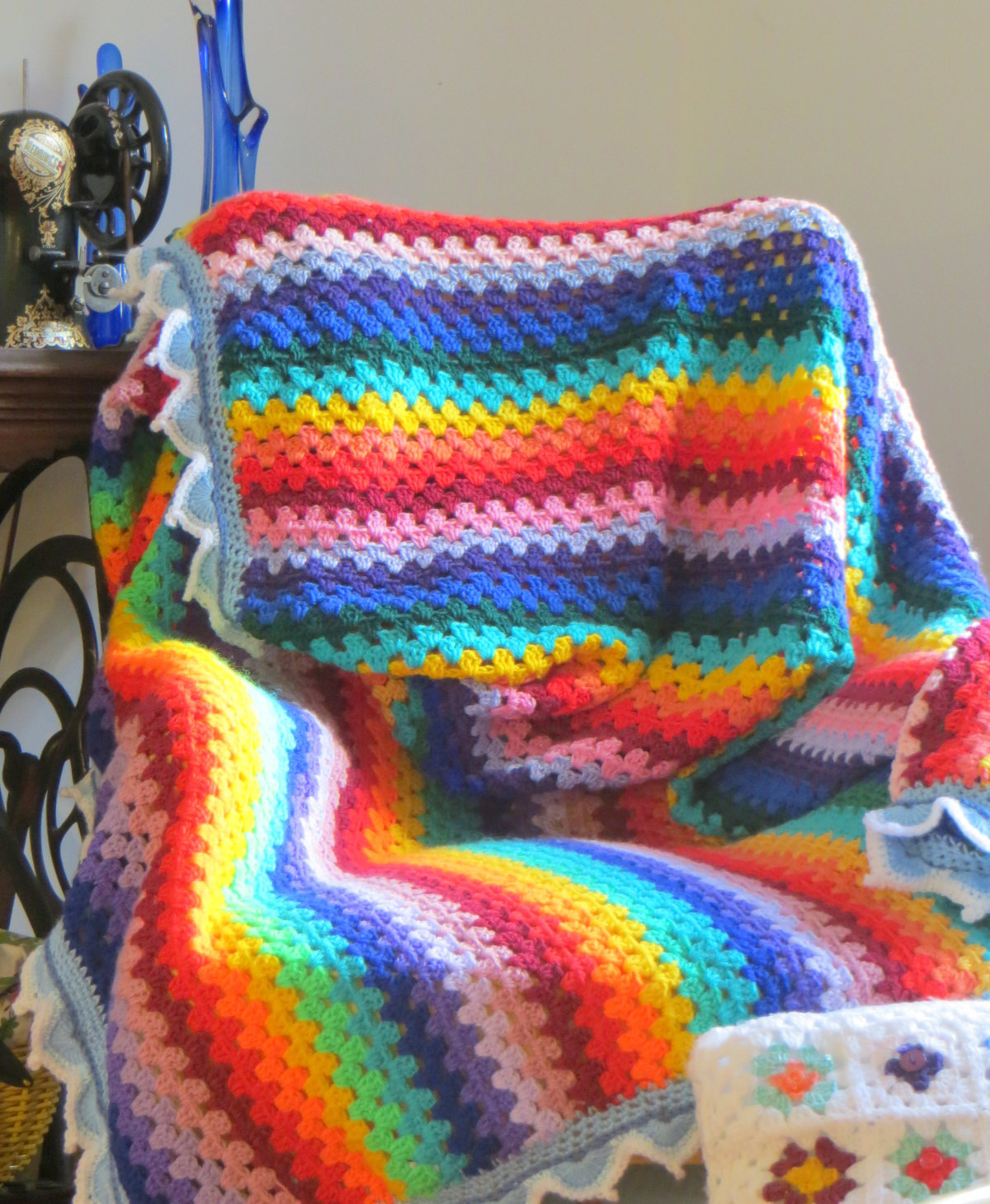 A Rainbow crochet Blanket is finally finished ⋆ Lazy
