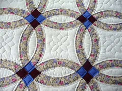 Awesome Amish Handmade and Patchwork Quilts for Sale Double Wedding Ring Of Perfect 40 Photos Double Wedding Ring
