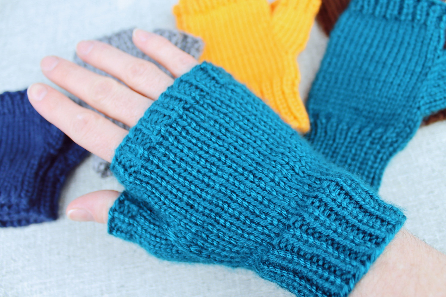 Awesome Basic Fingerless Gloves A Knitting Pattern Designed by Knitted Fingerless Mittens Of Luxury 48 Images Knitted Fingerless Mittens