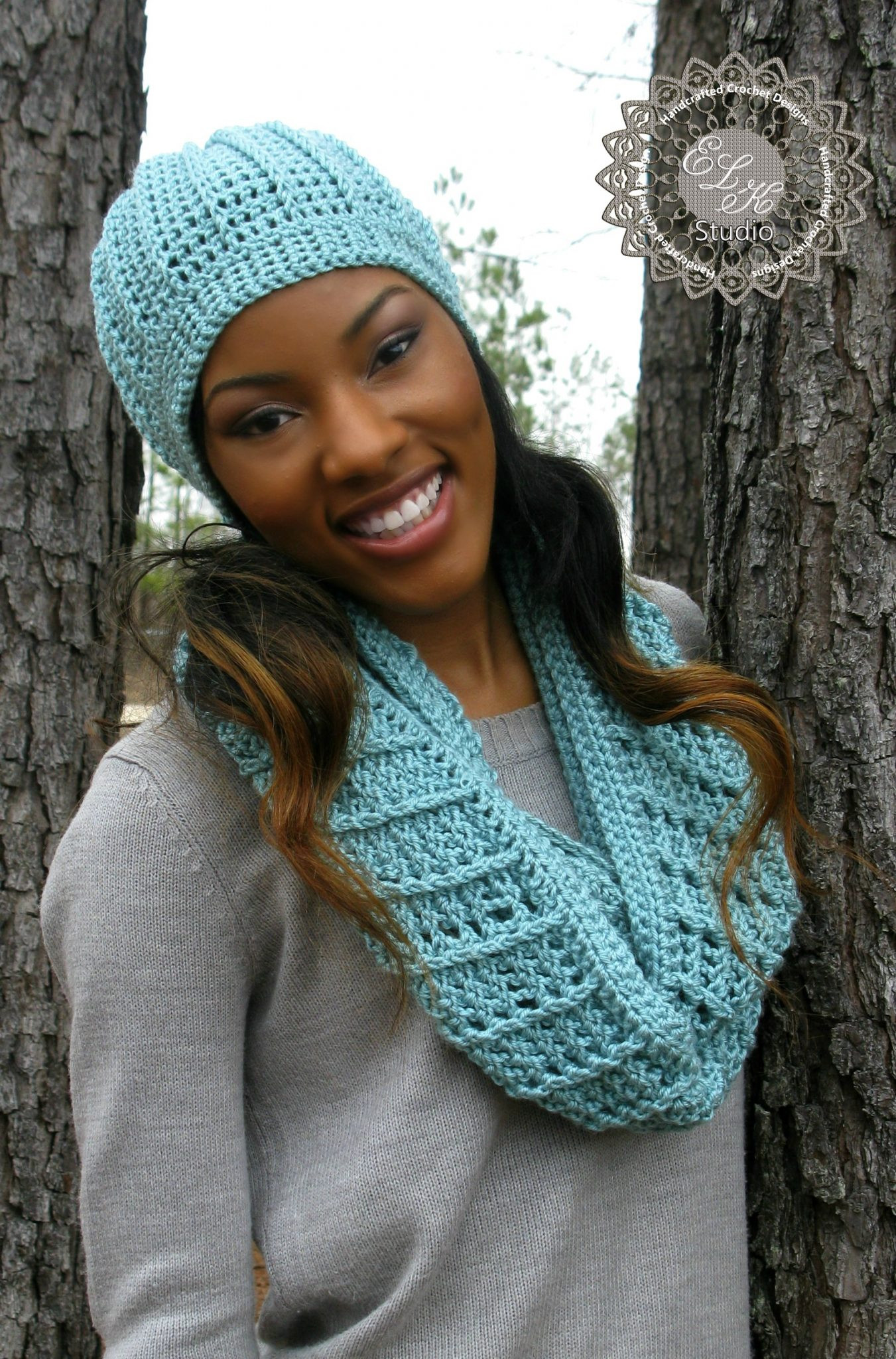 Country Appeal A Free Crochet Infinity Scarf Pattern