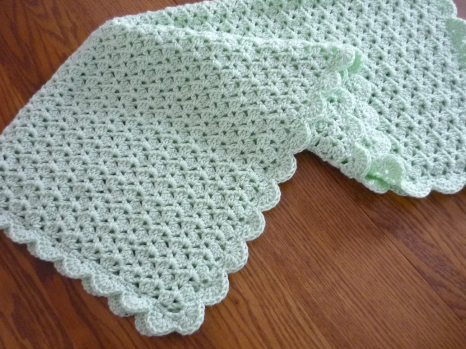 Awesome Crochet Baby Blanket Shell Stitch Crochet Crib Size Afghan Shell Baby Blanket Of Superb 42 Images Shell Baby Blanket