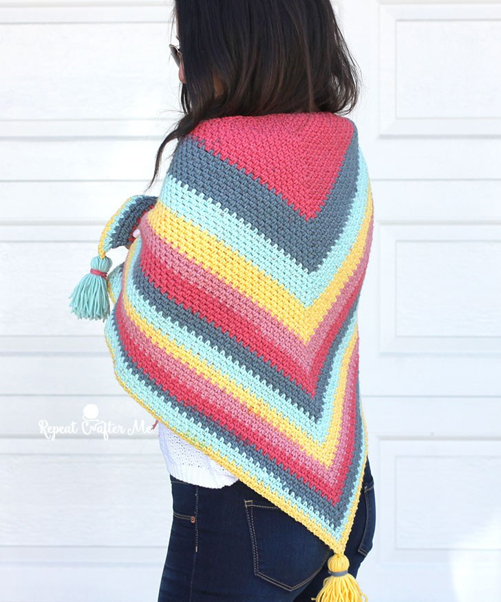 Awesome Crochet Caron Big Cakes Moss Stitch Shawl Repeat Crafter Me Caron Big Cakes Colors Of Wonderful 44 Photos Caron Big Cakes Colors