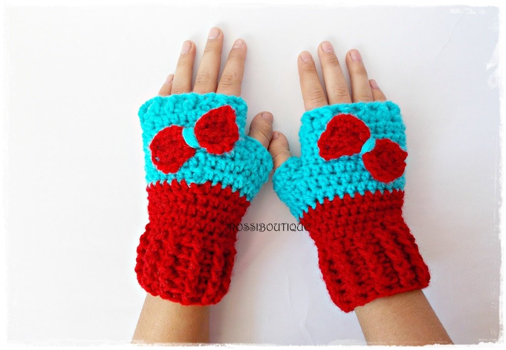 Awesome Crochet Girl Gloves Red Blue Fingerless toddler Gloves Crochet toddler Mittens Of Awesome 41 Pictures Crochet toddler Mittens