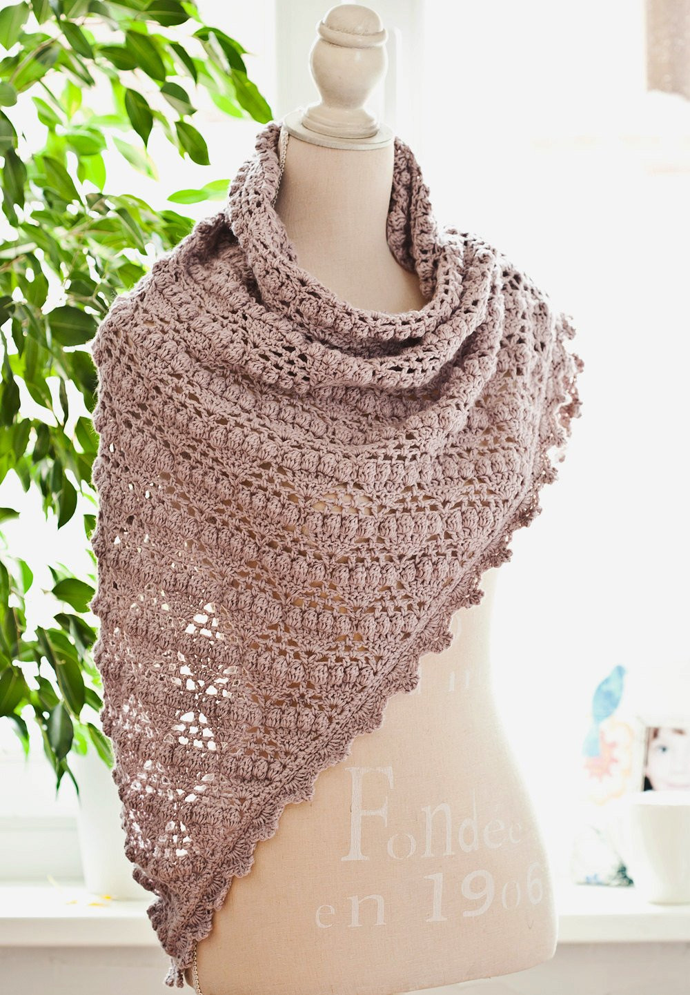 Awesome Crochet Pattern Grape Shawl From Monpetitviolon On Etsy Crochet A Shawl Of Beautiful Cornflower Blue Free Crochet Pattern Crochet A Shawl
