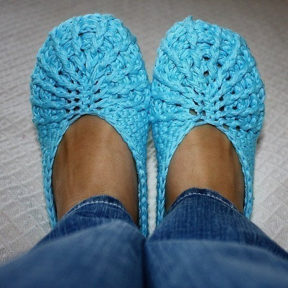 Crochet PATTERN pdf file Spider Slippers Adult size