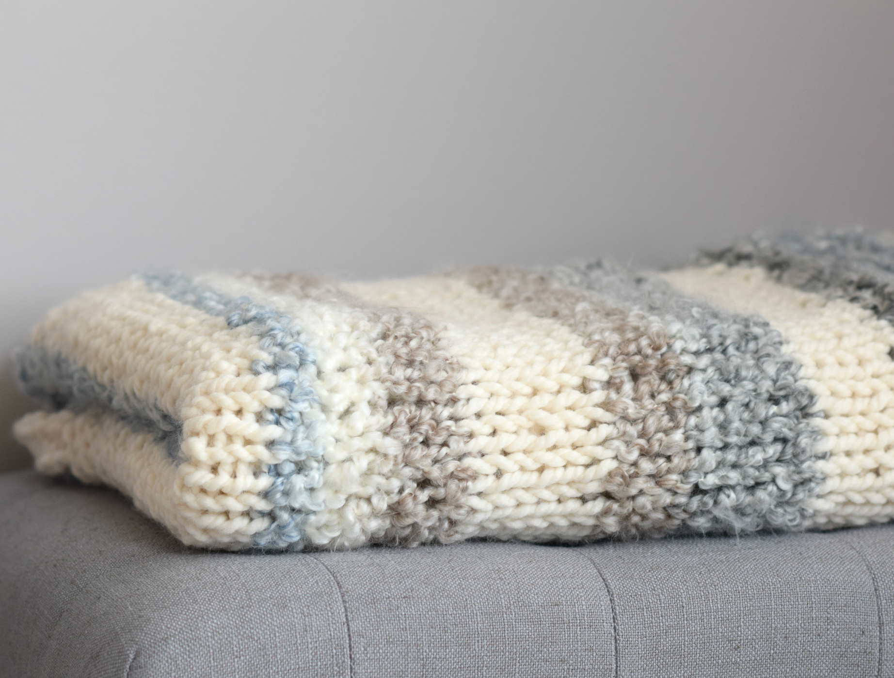 Cuddly Quick Knit Throw Blanket Pattern – Mama In A Stitch