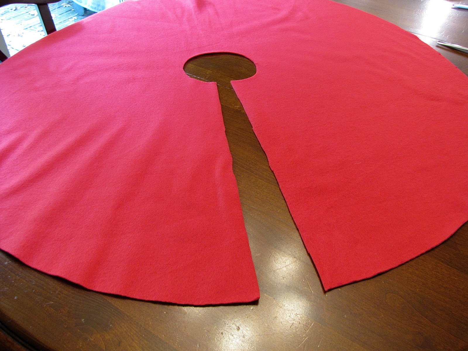Awesome Cut A Slit In the Circle Running From the Edge All the Way Red Riding Hood Cape Pattern Of Charming 43 Pictures Red Riding Hood Cape Pattern