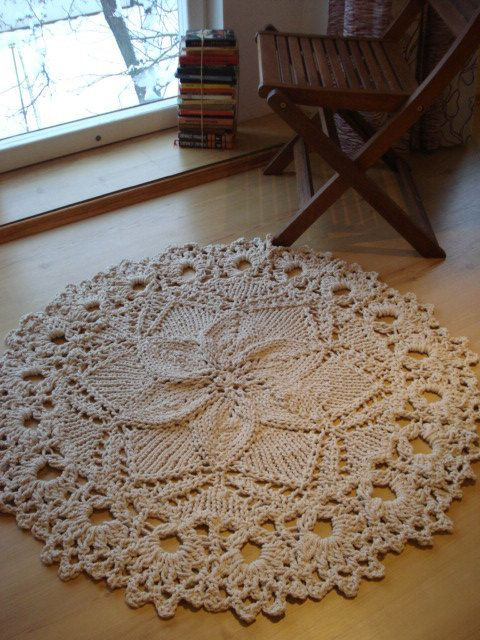 Doily rug Doilies and Ropes on Pinterest