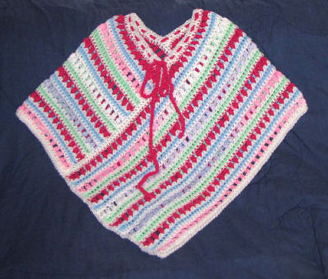 Easy Poncho to Crochet with Puff Stitch Rows
