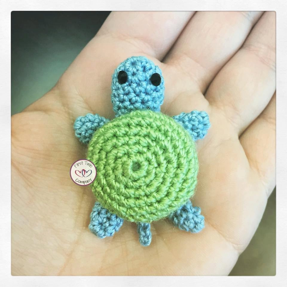 Green the Turtle amigurumi stuffie toy crochet pattern mini