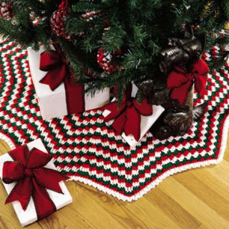 Awesome Holiday Pizzazz Tree Skirt Crochet Epattern Crochet Tree Skirt Of Innovative 45 Ideas Crochet Tree Skirt