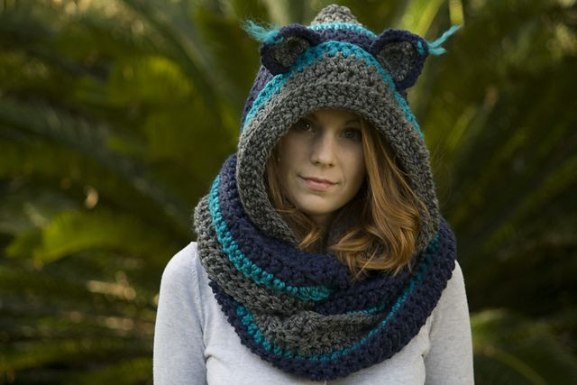 Hooded Scarf with Cat Ears Cat Scoo pattern by Melissa