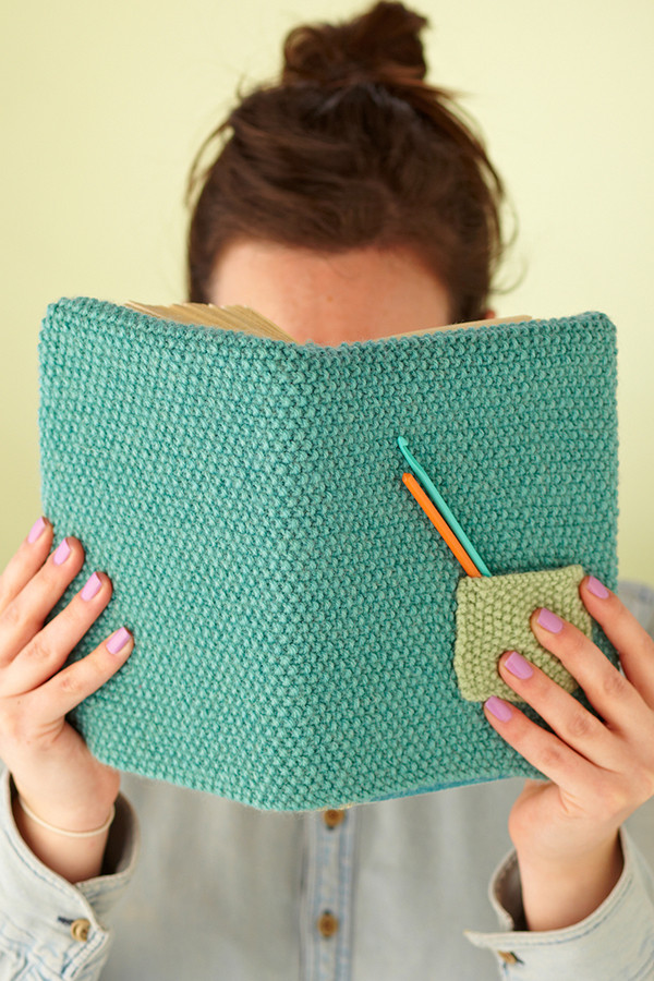 How to knit a book cover Mollie Makes