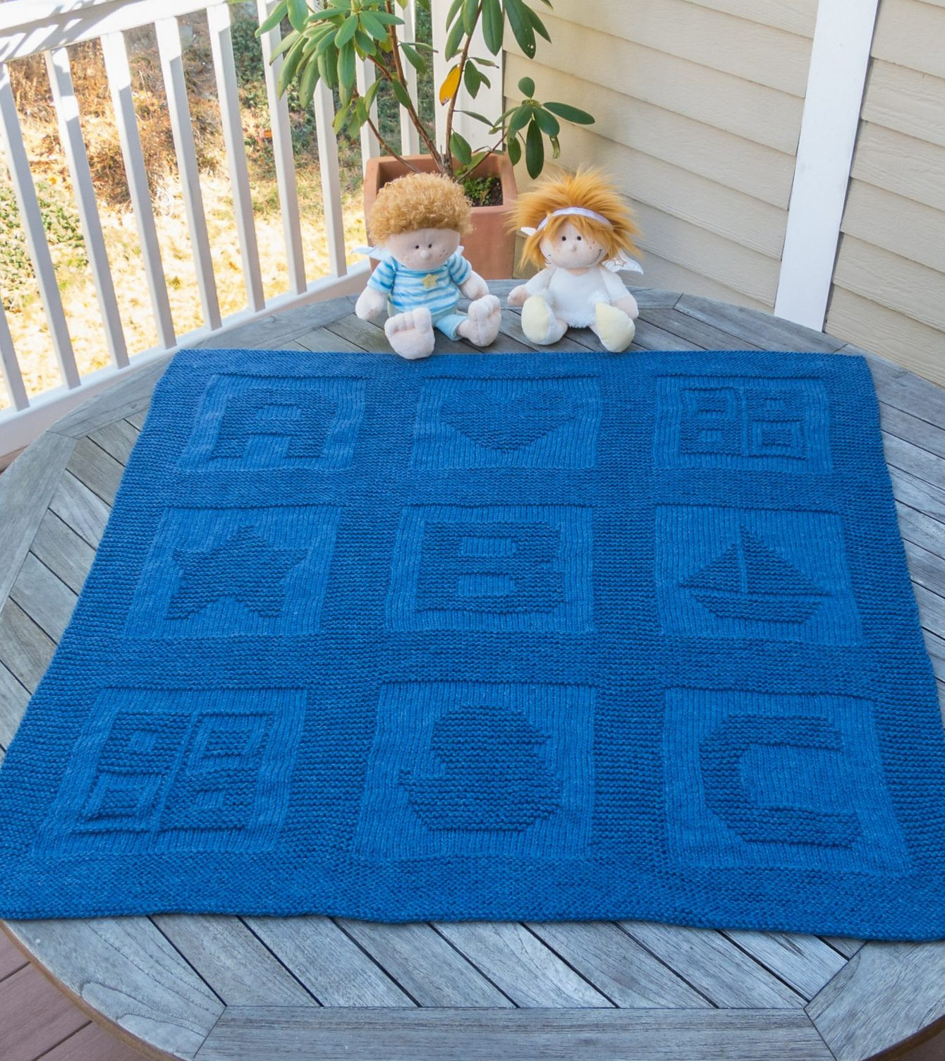 Awesome Knit Baby Blanket to Keep Your Bundle Of Joy Warm and Baby Blanket Size Knit Of Awesome 42 Pictures Baby Blanket Size Knit