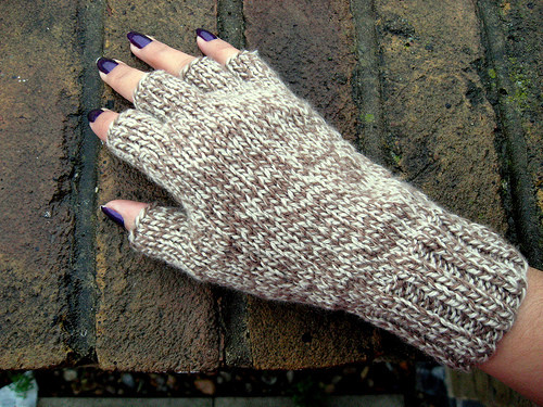 Awesome Knitting Pattern for Fingerless Gloves Free Patterns Knitted Fingerless Mittens Of Luxury 48 Images Knitted Fingerless Mittens