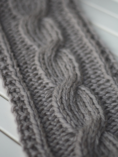 big cable scarf 4602