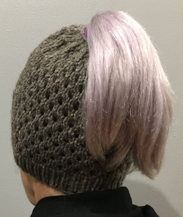 Awesome Messy Bun and Ponytail Hat Knitting Patterns Knit Ponytail Hat Pattern Of Lovely 44 Ideas Knit Ponytail Hat Pattern