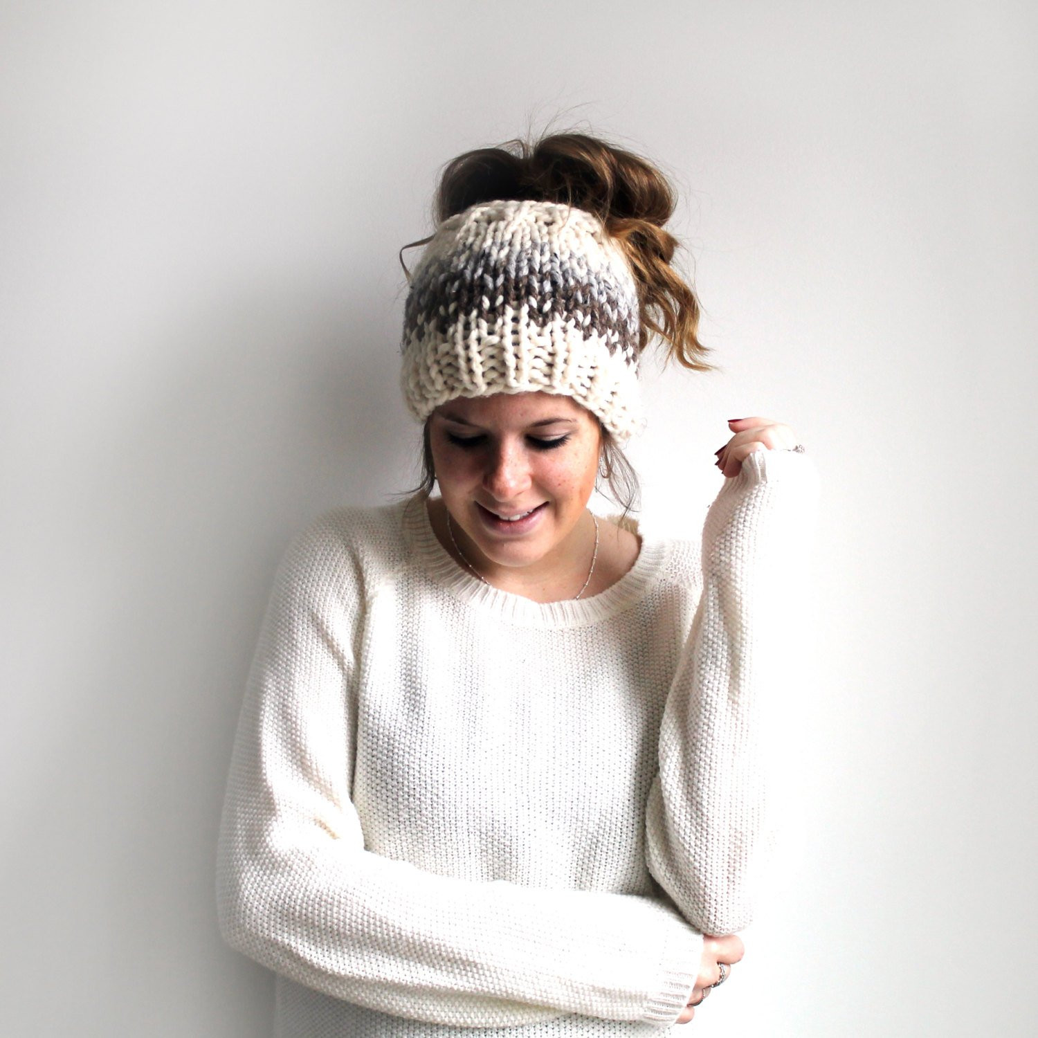 Awesome Messy Bun Hat Knit Ponytail Hat Pony Tail Headband by Knitted Messy Bun Hat Of Luxury 50 Models Knitted Messy Bun Hat