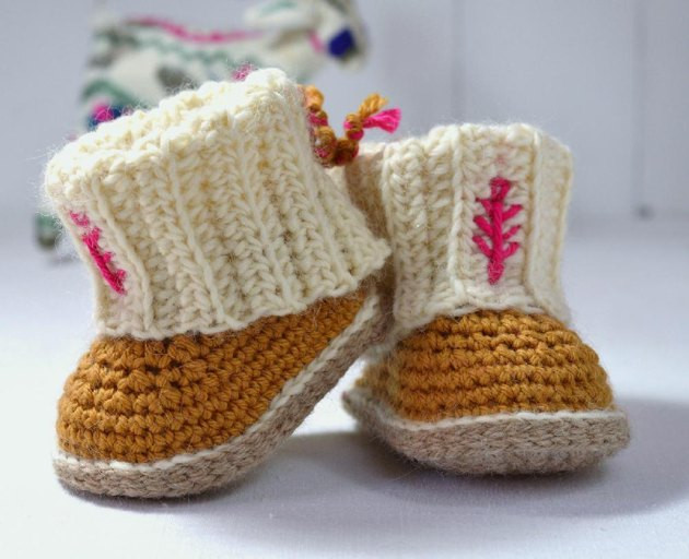 Awesome Mini Ugg Style Booties Crochet Pattern by Caroline Brooke Crochet Uggs Boots Of New 45 Ideas Crochet Uggs Boots