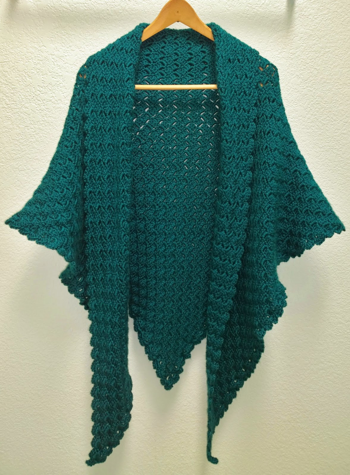 Awesome N Sense Corner to Corner Triangle Shawl Crochet A Shawl Of Beautiful Cornflower Blue Free Crochet Pattern Crochet A Shawl