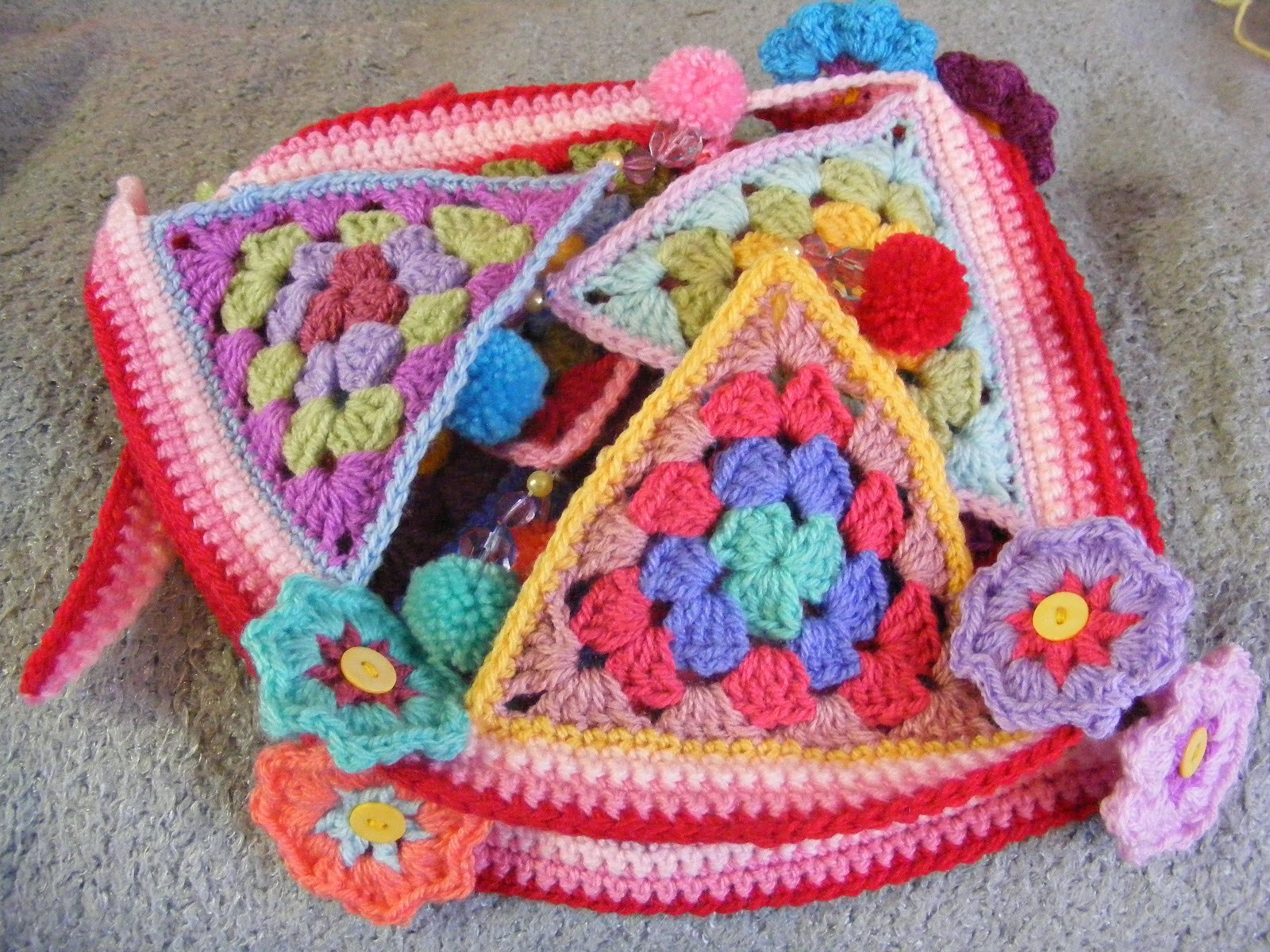 Awesome Pinkfluffywarrior Crochet Bunting Granny Triangles Crochet Triangle Of Amazing 48 Ideas Crochet Triangle