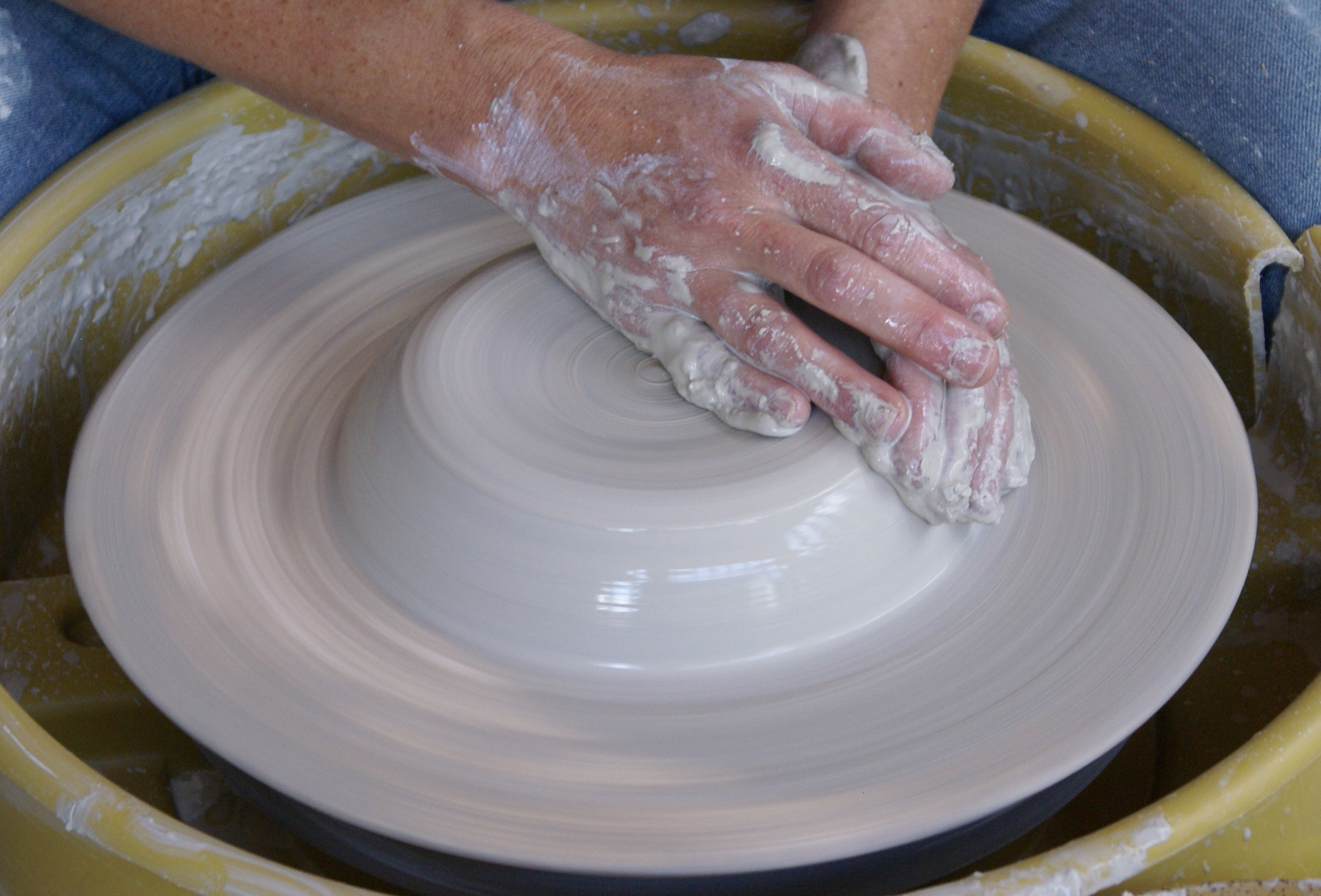 Awesome Pottery the Center On Central Your Home for Creative Clay Pottery Wheel Of Superb 47 Pictures Clay Pottery Wheel