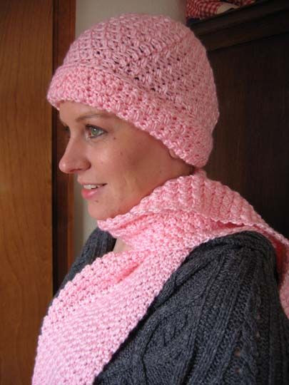 Soft Seed Stitch Scarf and Hat Set free pattern from