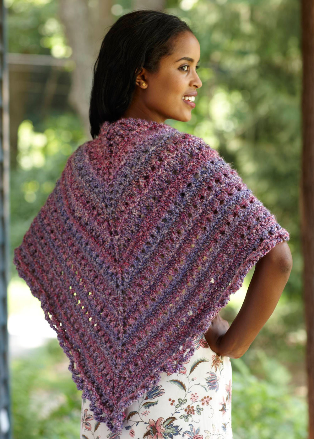 Awesome Splendid Triangle Shawl In Lion Brand Homespun L0363 Lion Brand Yarn Free Patterns Of Contemporary 45 Pics Lion Brand Yarn Free Patterns