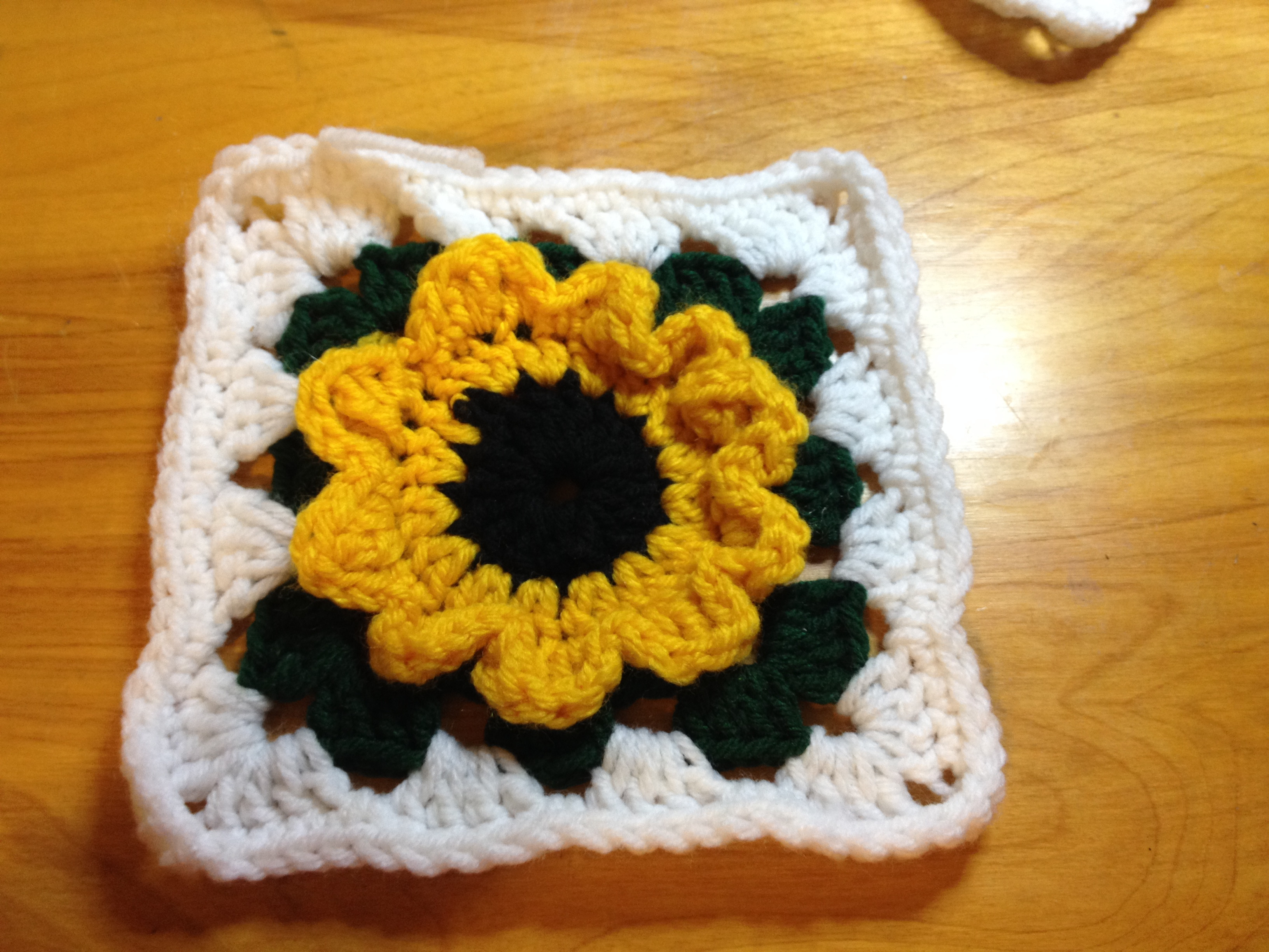Awesome Sunflower Granny Square Crochet Sunflower Granny Square Of Delightful 41 Images Crochet Sunflower Granny Square
