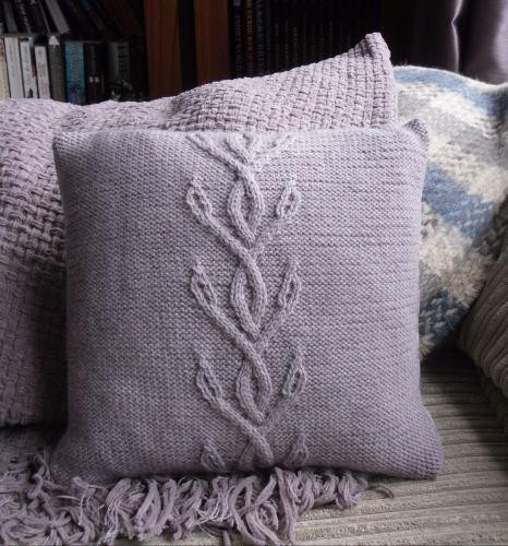 Awesome Viney Cables Knit Pillow Knit Pillow Cover Pattern Of Amazing 45 Pics Knit Pillow Cover Pattern