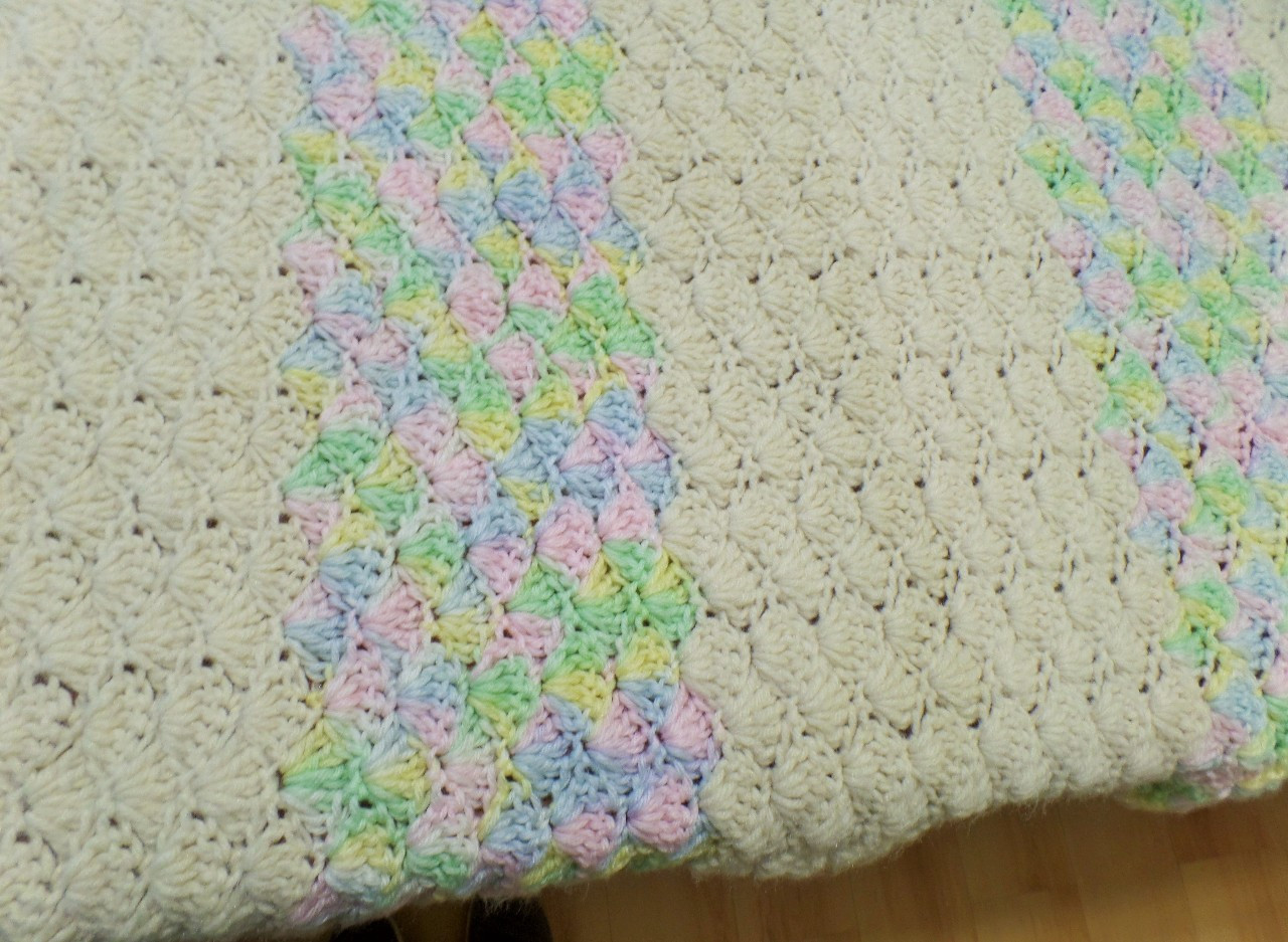 Awesome Vintage Hand Knit Crochet Shell Pattern Baby Nursery Shell Pattern Crochet Baby Blanket Of Beautiful 41 Pics Shell Pattern Crochet Baby Blanket