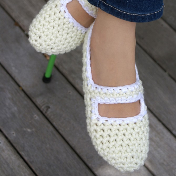 Women s Crocheted House Shoes in Red & Pink Mary Jane