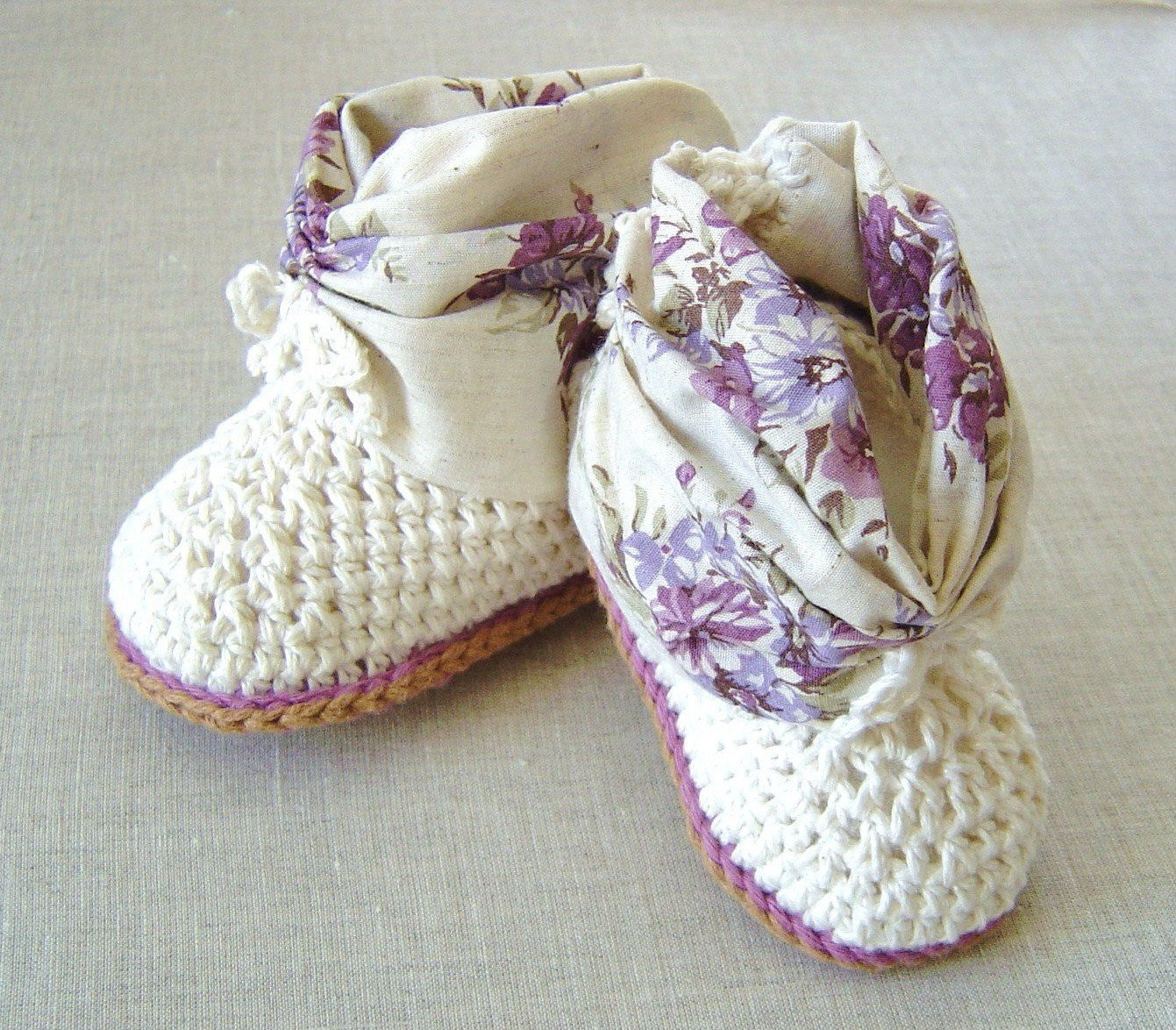 CROCHET PATTERN Baby Booties Baby shoes crochet pattern photo