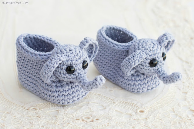 Baby Booties Crochet Pattern New 15 Of the Cutest Crochet Baby Bootie Patterns Dabbles Of Top 49 Pictures Baby Booties Crochet Pattern