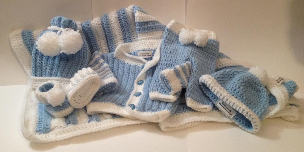 Adorable and FREE Crochet Patterns for Babies