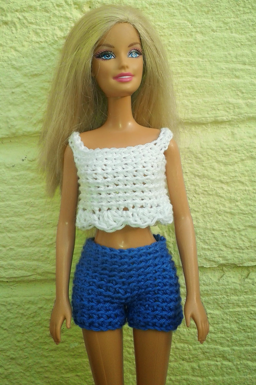 Linmary Knits Barbie crochet shorts and cropped top