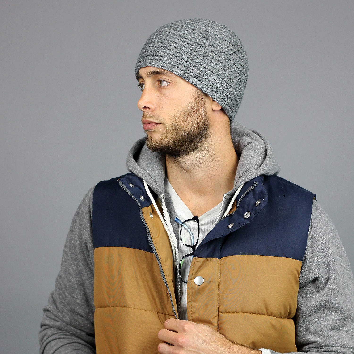 Mens Beanies hats are the brimless hats sewed in fleece