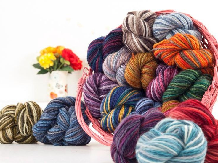 5 Tips for Manipulating Color in Variegated Yarn on