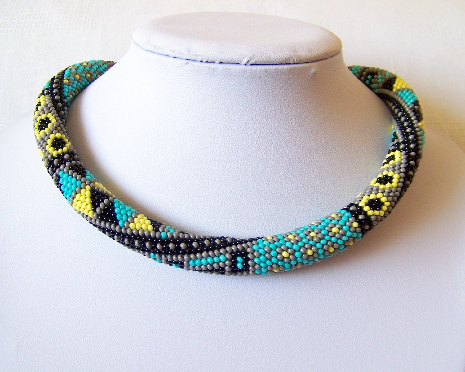 Beautiful Bead Crochet Necklace with Geometric Pattern Beaded Rope Crochet Bead Necklaces Of Unique 44 Photos Crochet Bead Necklaces