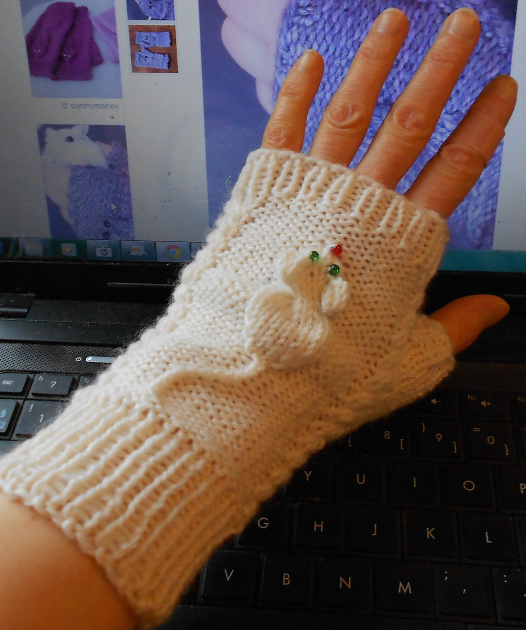 Beautiful Cable Creatures Knitting Patterns Glove Pattern Of Beautiful 44 Pics Glove Pattern