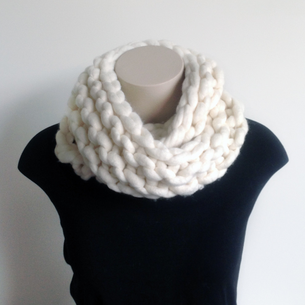 Beautiful Chunky Knit Merino Infinity Scarf Chunky Knit Infinity Scarf Of Awesome 41 Photos Chunky Knit Infinity Scarf