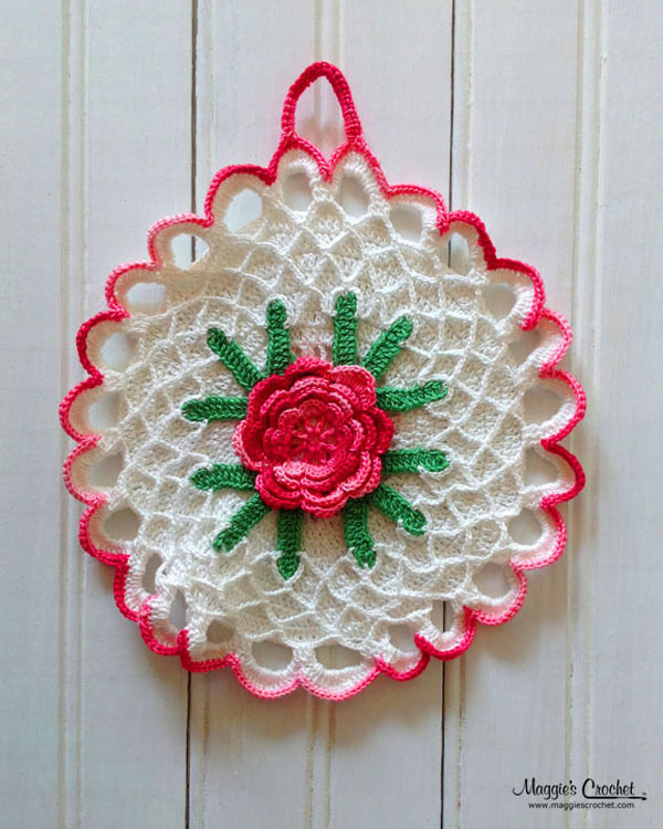 Collecting Vintage Crochet Potholders